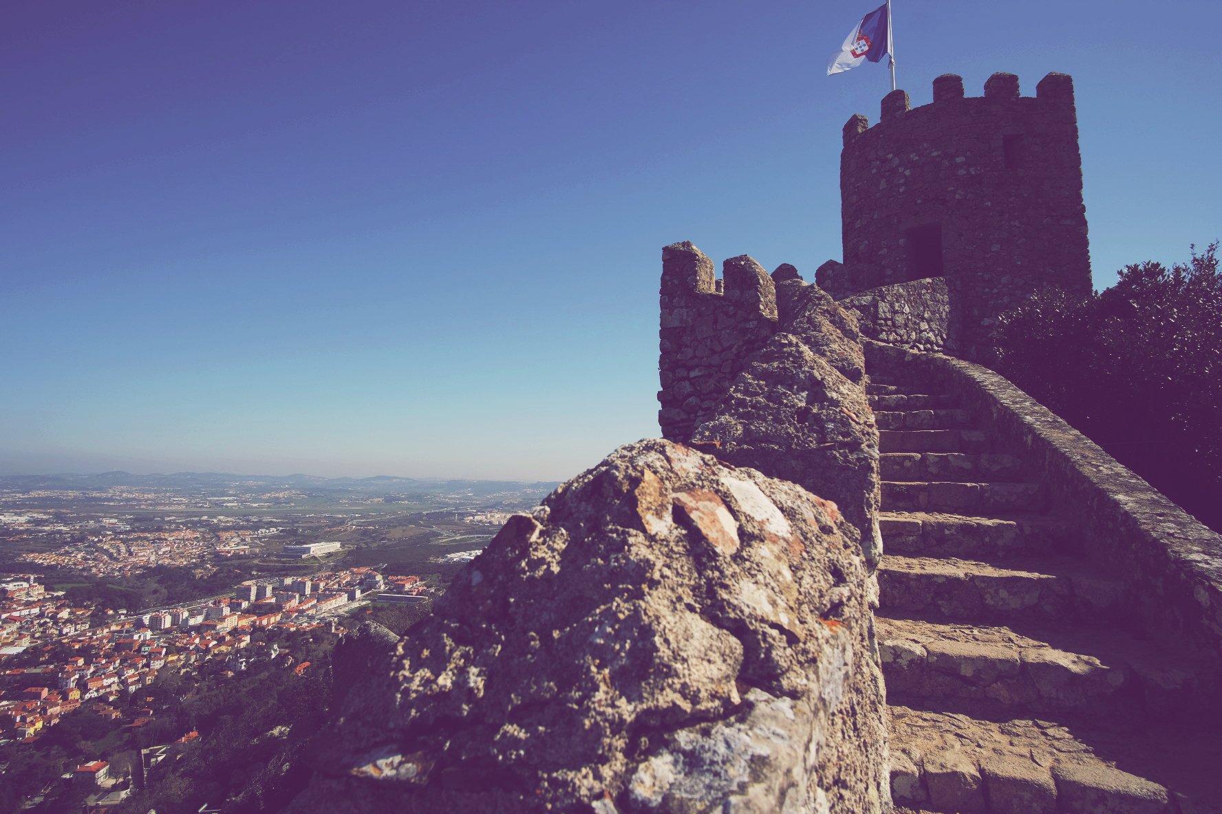 Portugal päivä 5, Sintra;  Castelo dos Mouros ja Palace de Pena