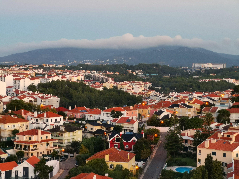 Huomenta Estorilista. Tässä blogikirjoituksessa lomamme päivä 2 - fillaroiden länsirannikolle